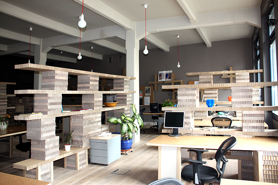 Paper Hub