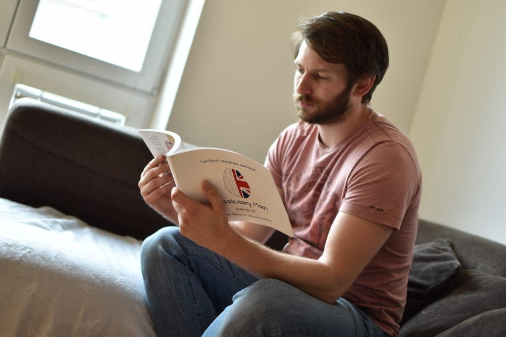 Kreativní slovník - startup - Tomáš Bednář